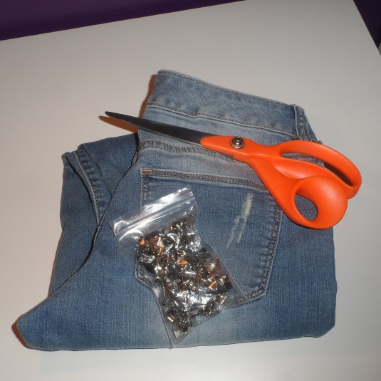 DIY Project ~ Studded & Distressed Denim Shorts | Brown ...